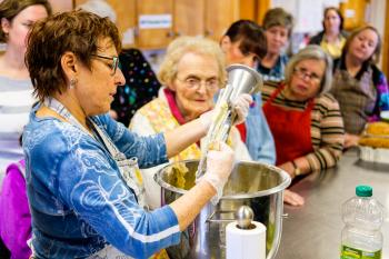 SusanneHessleson_Jewish Baking Workshop-11.jpg